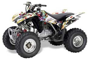 Honda_TRX250_05-09_ED_Hardy_Love_Kills-WHITE_JPG0606